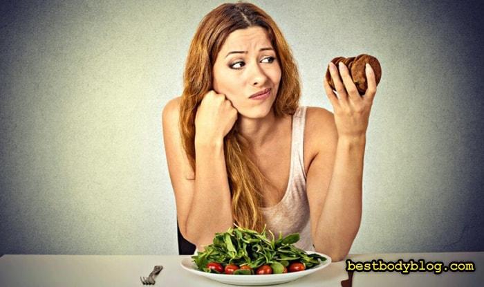Низкоуглеводную диету лучше использовать в теплое время года