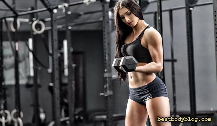 Тренировка в тренажерном зале должна быть короткой, но интенсивной