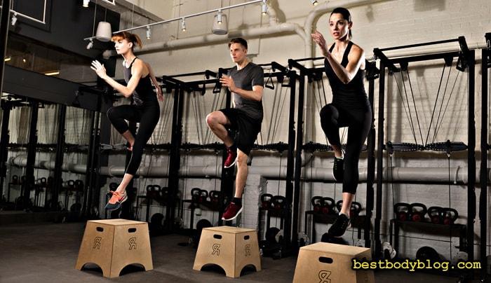 Занятия кросс-фитом требуют повышенного внимания к суставам и связкам