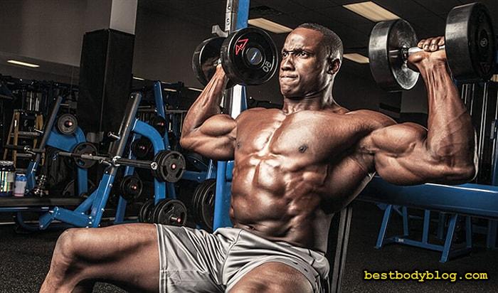 Тренируясь на массу стоит прорабатывать 1–2 группы мышц