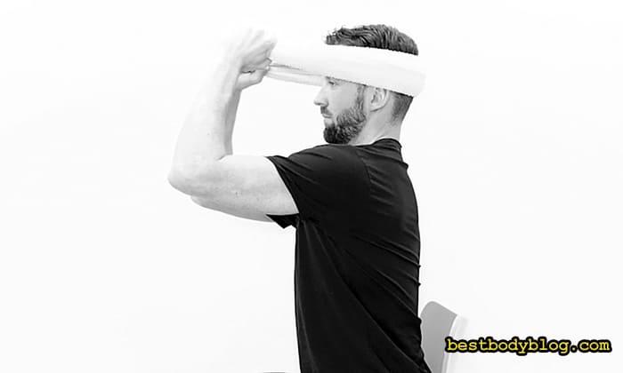 Как накачать шею полотенцем