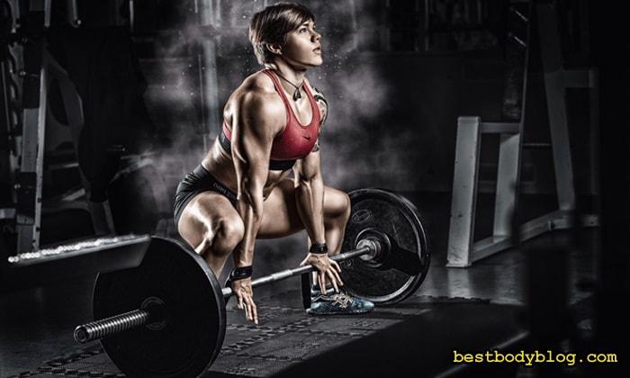 Набрать мышечную массу женщинам всегда сложнее, чем мужчинам
