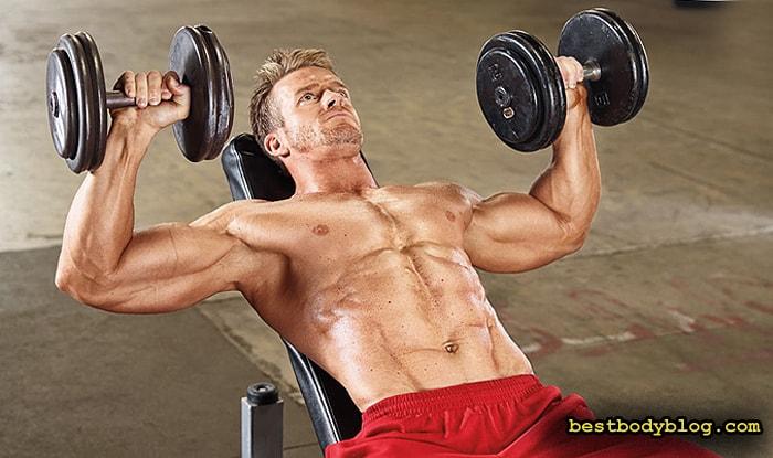 Лучшие упражнения на грудь. Жим гантелей на наклонной скамье