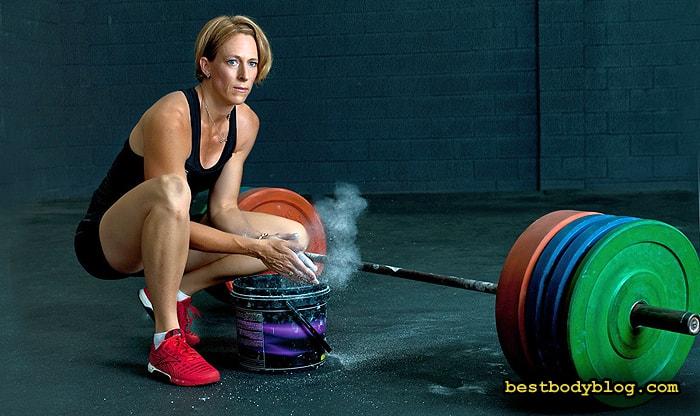 Становая тяга. Базовое упражнения для девушек