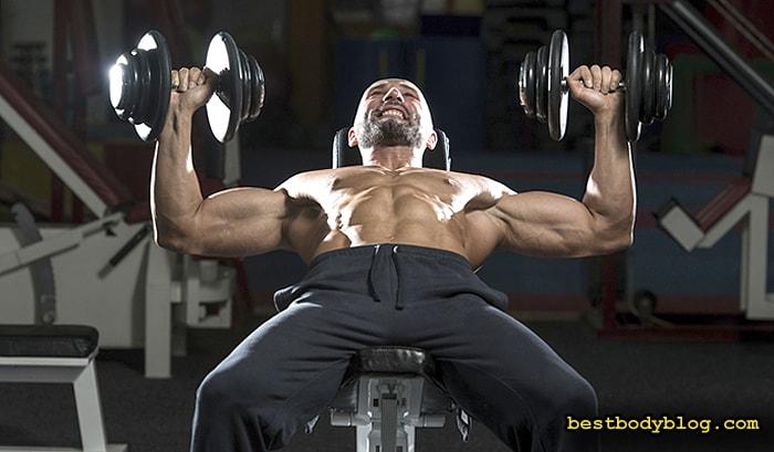 Лучшие упражнения на грудь | Жим гантелей на наклонной скамье