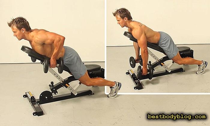 Лучшие упражнения для спины на массу | Тяга гантелей двумя руками лежа на наклонной скамье