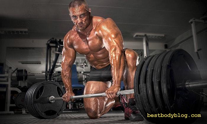 Становая тяга и приседание  - лучшие упражнения для естественного подъема уровня тестостерона