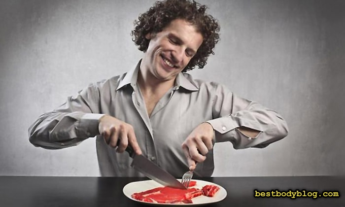 После 40 лет предпочтение нужно отдавать диетическим сортам мяса