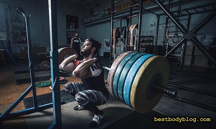 Тяжелоатлеты, использующие мелатонин, показывают лучшие результаты
