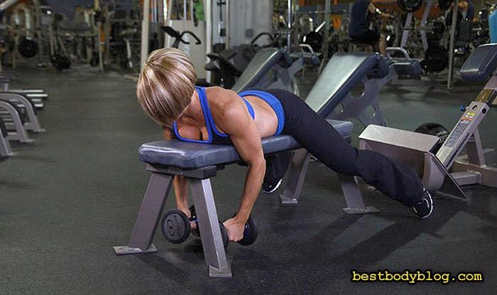 Большинство посетителей тренажерного зала выполняют лишь 1-2 упражнения на заднюю дельту