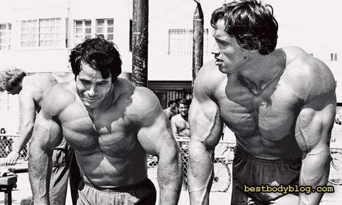 Арнольд и Франко | Как накачать руки они знали очень хорошо