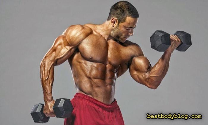 Включение трисетов в комплекс тренировки рук дает отличный результат
