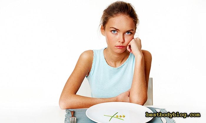 Резкое снижение калорийности замедляет сжигание жира