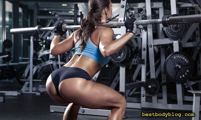 Приседания со штангой на спине   Базовое упражнение для набора массы тела