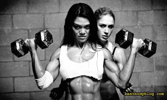 Тренировка бицепса для девушки