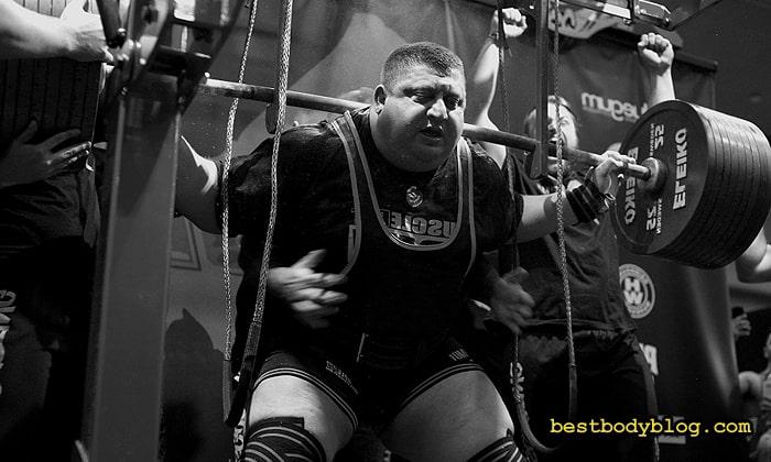Владислав Алхазов | Приседание со штангой весом 532,50 кг