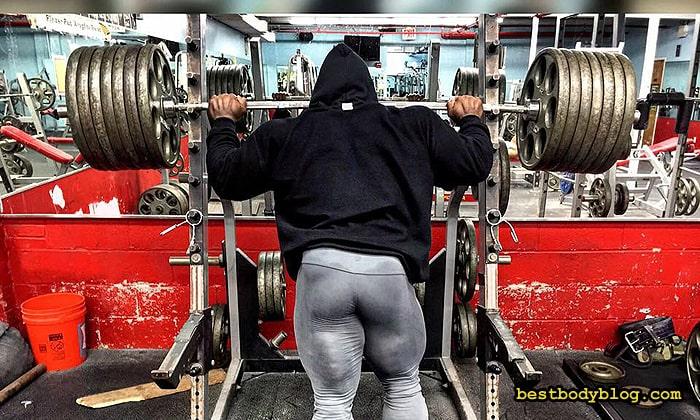 Кай Грин и штанга в 300 кг | Профессионалы точно знают, как качать ноги