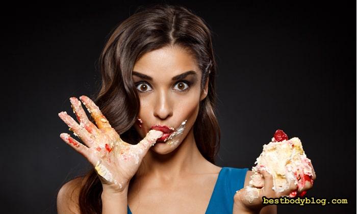 Приём сладкого на фоне низкогулеводной диеты иногда бывает необходим