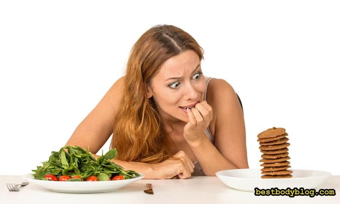Низкоуглеводная диета женщинам даётся тяжелее, чем мужчинам