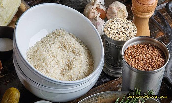 Рис, гречка, овсяные хлопья - главные источники сложных углеводов