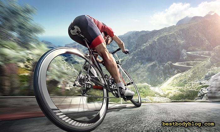 Расход калорий при езде на велосипеде составляет до 780 за час