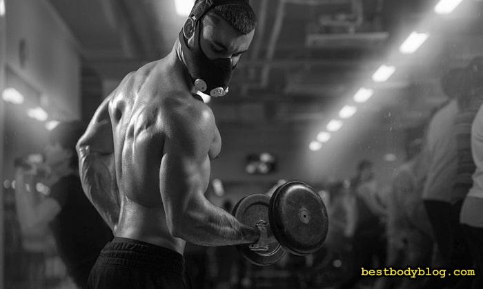 Силовая тренировка в маске для бега - это нонсенс
