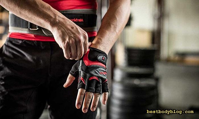 Кожаные перчатки для зала - идеальный вариант