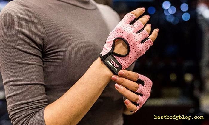 Большинство фитнес-перчаток очень недолговечны
