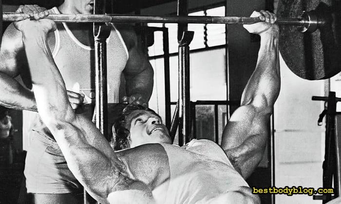 Арнольд тренировка на массу