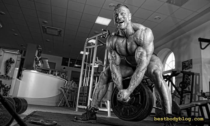 Тренування м'язів спини у залі