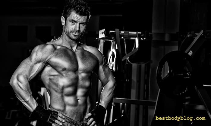 Кращі вправи для грудних м'язів для чоловіка